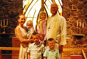 Photo of Pastor Lietzau and his family